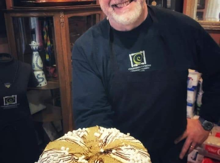 Custom Gourmet King Cakes in Baton Rouge